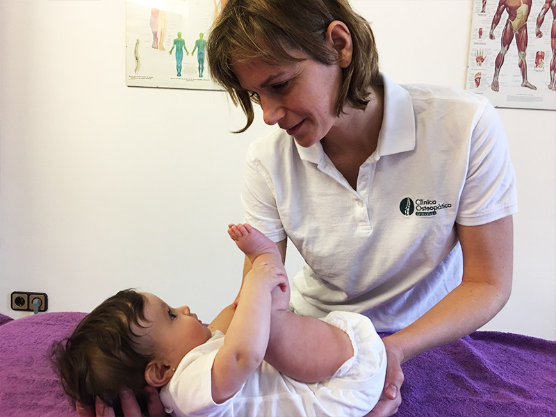 tratamiento-bebe-colicos-asimetrias